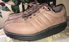 MBT Casual Walking Shoes Brown Suede Leather Men's 8.5/ Women's 10.5/ EU 41 2/3