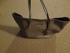 Michael Kors Pearl Grey Saffiano Leather Jet Set Medium Tote Bag 30H1S USED