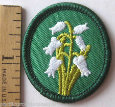 Retired Oval Girl Scout LILY Of The Valley TROOP CREST White Flower Badge Patch