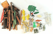 Lot of Vintage Toy Army Men, Indian, Cowboy & More