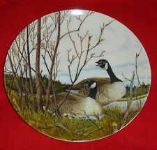 """ NESTING"" 2nd in ""WINGS UPON THE WIND"" COLL PLATE MIB"