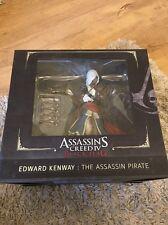 ASSASSIN's Creed IV Black Flag Edward Kenway ASSASSIN Statua Pirata * 2014 * in buonissima condizione