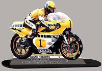 MOTO MINIATURE, KENNY ROBERTS, YAMAHA, MOTO GP EN HORLOGE, 01