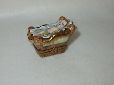 """Baby Jesus"" Limoges France L N D Nativity Trinket Box - Peint A La Main - Mint"