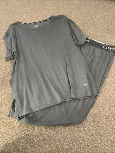 Calvin Klein Ladies Grey Pyjama Set Size Large