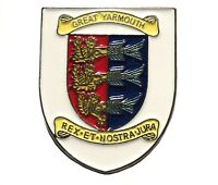 Great Yarmouth Norfolk Crest Coat of Arms Shield Metal Enamel Badge 25mm New