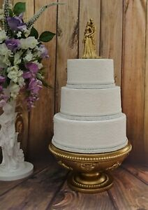 STUNNING GOLD BRIDE AND GROOM WEDDING CAKE TOPPER