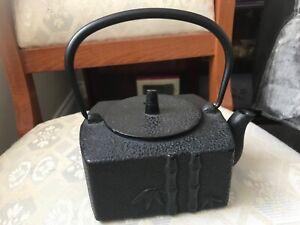 JAPANESE CAST IRON BAMBOO DESIGN SQUARE TEA POT VGC