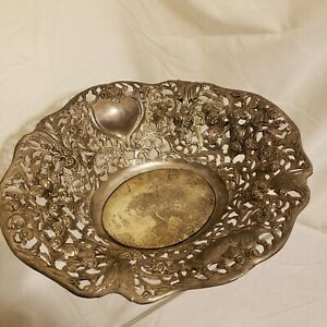 Rose Clusters Repousse Silver-plated Bowl Cutwork Reticulated Scrollwork Davco
