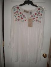 Lifestyle Woman white LS top blouse with floral embroidery at neckline NWT 2X