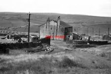 PHOTO  1968 LONG ACRES FARM WHITWORTH LANCASHIRE THE POULTRY HERE ARE CERTAINLY