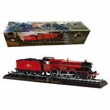 New Harry Potter Official Licensed Hogwarts Express Die Cast Train Model + Base