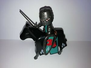 PLAYMOBIL - 1 MOUNTED FALCON KNIGHT WITH ACCESSORIESS