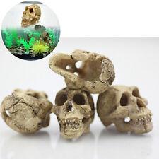 Halloween Aquarium Decorative Resin Scary Skull Bone Crawler Lizards Decoration