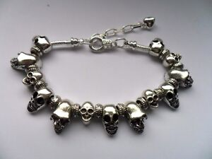 NEW Lovely Silver SKULL Chain Bracelet with Assorted Charms