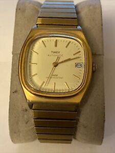 VTG Men's Timex Automatic Gold Square-Shaped Watch w/Date RUNS