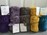 M&S PEDESTAL MAT-ROLLED & TIED WITH RIBBON-TEAL,PURPLE,MUSTARD,LILAC & WALNUT