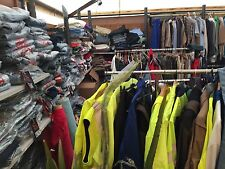 Lot Revendeur Destockage palette complete De 300 Vêtements Neufs
