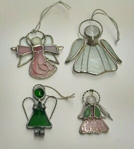 LOT OF 4 STAINED GLASS CHRISTMAS TREE ORNAMENTS SUN CATCHERS GREEN PINK WHITE