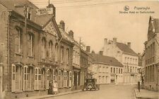 Schaarse Postkaart met het Skindles Hotel en Gasthuisstraat in POPERINGE (PK139)