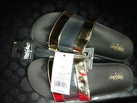 Mossimo Women's Trystan Black & Gold Slip on Sandal