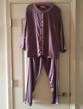 BEAUTIFUL Embroidered Purple PURE SILK pajamas Size Medium EXCELLENT!