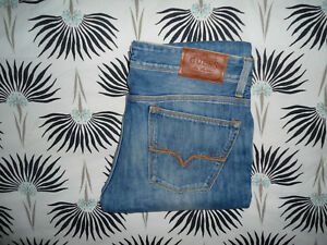 JEAN GUESS HOMME TAILLE 42CM L34 SUPERBE !