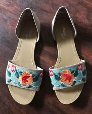 Ladies embroidered sandals size 9 Excellent condition