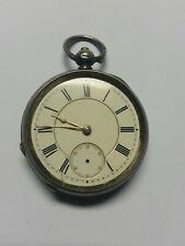 Vintage TIMEX pour les dames, superbe état, modèle 5332 datant de Vintage VOLTAIRE, SWISS Made Pocket Watch, Full Hunter Style with Chain and Fob.