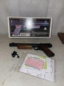 American Vintage BENJAMIN SHERIDAN HB22 22 Caliber Pistol Walnut Grips #1 H9A
