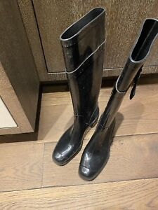 Auth Salvatore Ferragamo Vara Black Rubber Womens Boots Size EU38 US7