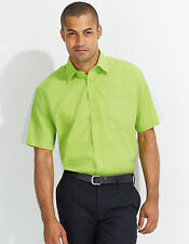 Unifarbene klassische Herrenhemden mit Krempelärmeln in normaler Größe
