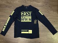 "Nike Sphere Therma Element ""Berlin 2018"" Running Top Shirt L $80 NEW 933331-451"