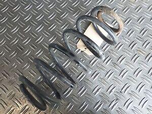 Genuine POSTERIORI INFERIORI Isolante Molla Elicoidale Per Toyota Yaris 1999-2005 48258-52010