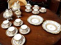 Service à cafe en porcelaine fine / Vaisselle / Porcelaine Limoges / Sevres /