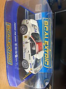 SCALEXTRIC C3326 Ford RS 200, Slot Car, cased.