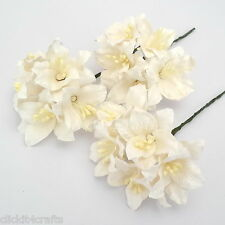 50 Paper Flowers White Lilies Scrapbook Cardmaking Doll Home Craft Supply LY1-15