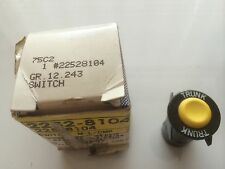 NOS GM 22528104, 82-05 Chevrolet, Buick, Olds Pontiac, Trunk Lock Switch