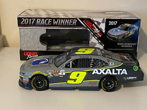 2017 Nascar 1/24 William Byron AUTOGRAPHED signed race win Iowa xfinity