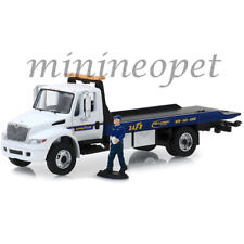 Greenlight 33160 C 2013 INTERNATIONAL DURASTAR FLATBED 1/64 with GOODYEAR FIGURE