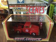RARE 1956 Ford F-100 Texaco Wrecker 1:43 diecast limited edition Road Champs