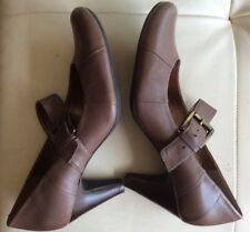 CLARKS .. WOMENS BROWN LEATHER SHOES .. SIZE 7D .. MARY JANE BUCKLE STYLE