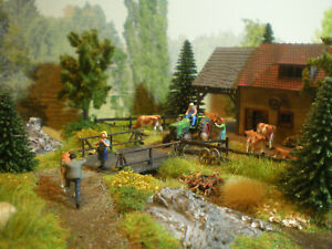 H0 Diorama HO 1:87 zum Bauernhof Stall Haus Kuhweide Landwirtschaft patiniert