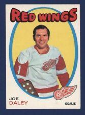 1971-72 O-Pee-Chee #137 JOE DALEY  Nmmt to Nmmt+ Detroit Red Wings!!