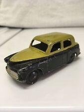 Dinky Toys #154 Hillman Minx Sedan Green/Black Made in England Meccano Ltd.