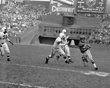 1950 New York Giants EMLEN TUNNELL vs Cleveland Browns Glossy 8x10 Photo Print