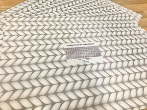 Home of Home Fragrance Contemporary Scented Drawer Liners SIX Sheets - CASHMERE