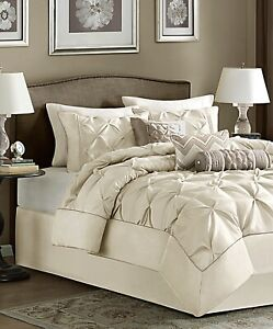 Madison Park Wilma 7-Pc. Queen Comforter Set Color Ivory 90'' x 90''
