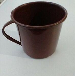 "Genuine British Army Brown 1 pint ""Tin"" Enameled Mug Dated 1968."