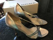 Banana Republic, Criss Cross Peep Silver Metallic Women's Shoes / Heels, Size 9